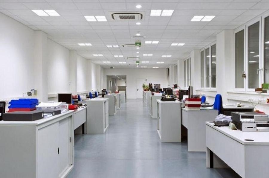 Illuminamento lux e illuminazione nei luoghi di lavoro secondo uni